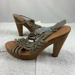 8B Banana Republica Leather slip on wood heels